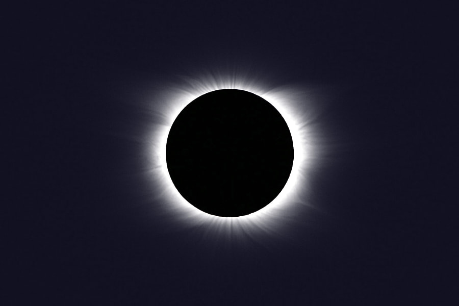 Total Solar Eclipse by Jan Eric Krikke on 500px.com