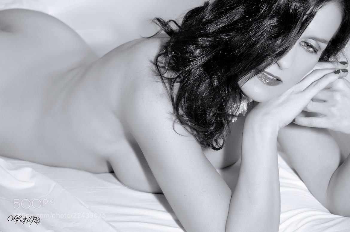 Photograph GLAMOUR B&W by Oscar Andrés on 500px