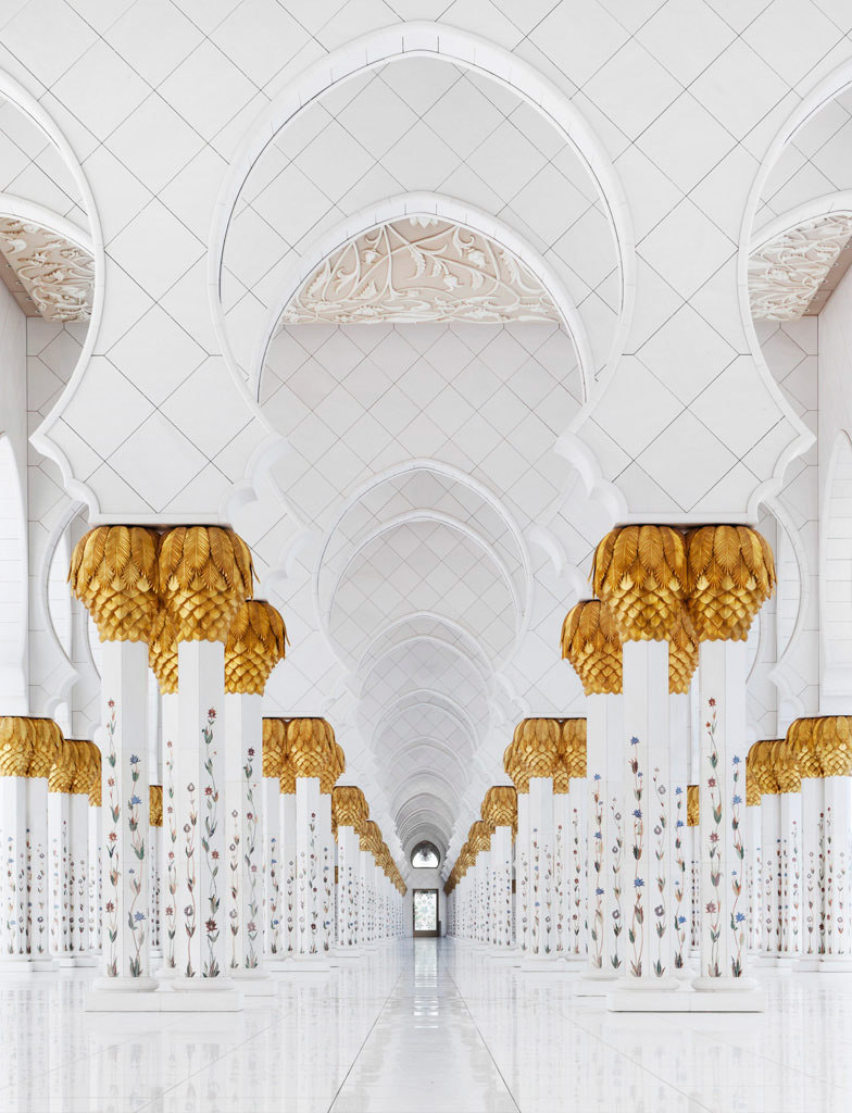 Photograph Grand Mosque by Thomas Mikkelsen by Thomas Mikkelsen on 500px