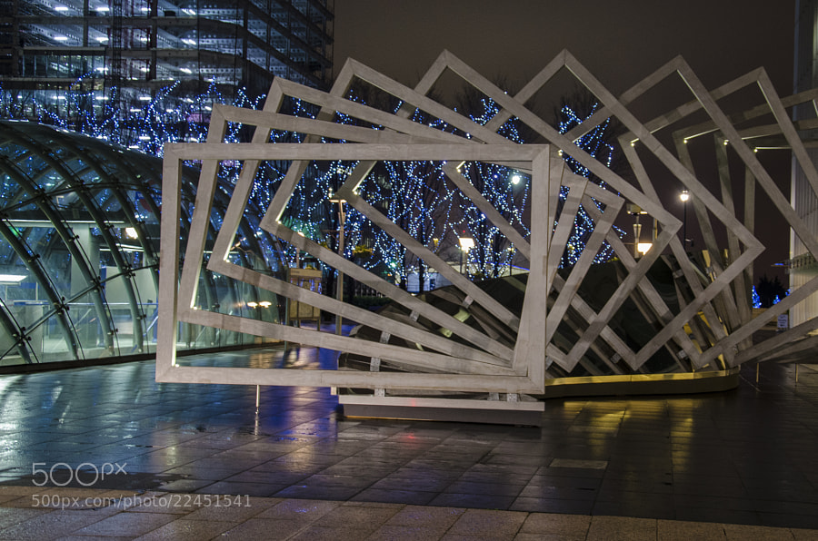 Abstract work of art outside the entrance to Canary Wharf Underground station