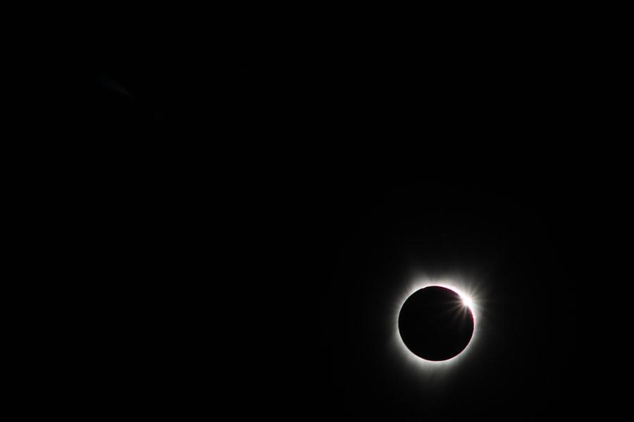 Eclipse 2 by Alyx Wijers on 500px.com
