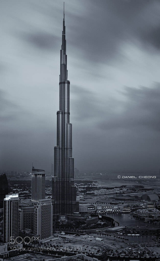 Photograph Noir Dubai by Daniel Cheong on 500px