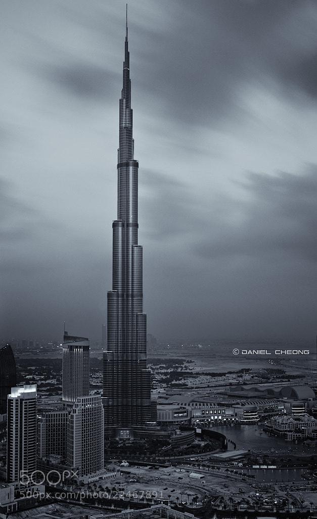 Photograph Noir Dubai by Daniel Cheong on 500px