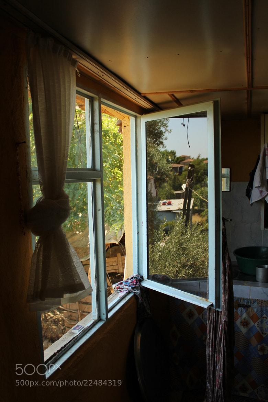 Photograph Fenster by Nur Uzakgören on 500px