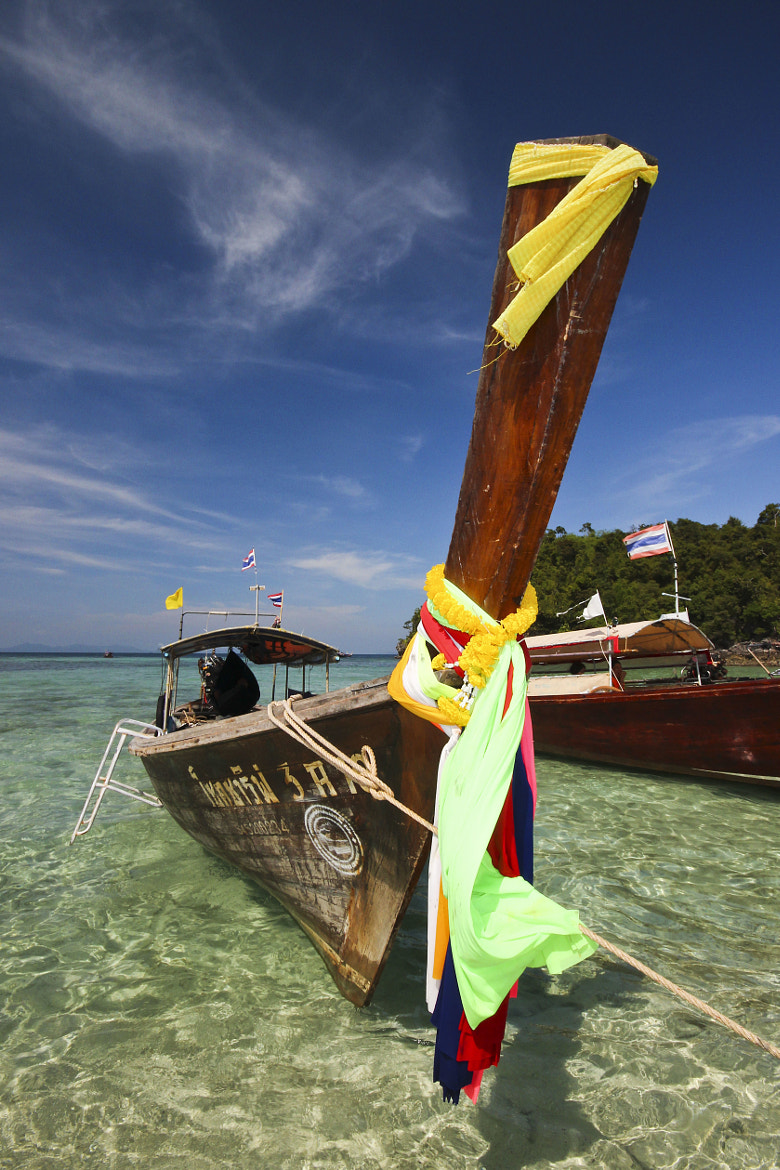 Photograph Long Tail Boat by Russell Algar on 500px