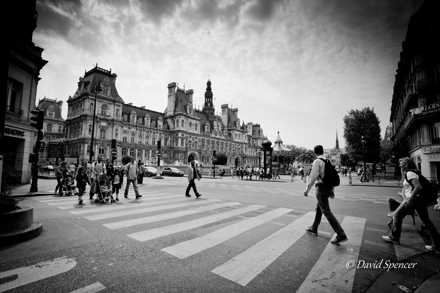 Photograph Paris - Crossing by David S on 500px