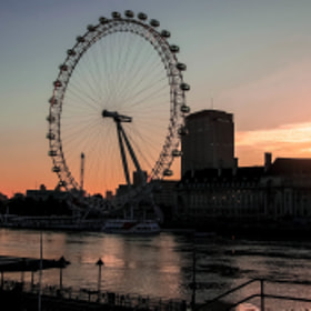 London Eye at Dawn by julian john (sandtasticdays)) on 500px.com