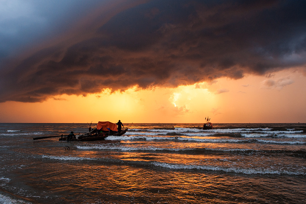 Photograph Early sea by Hai Thinh on 500px