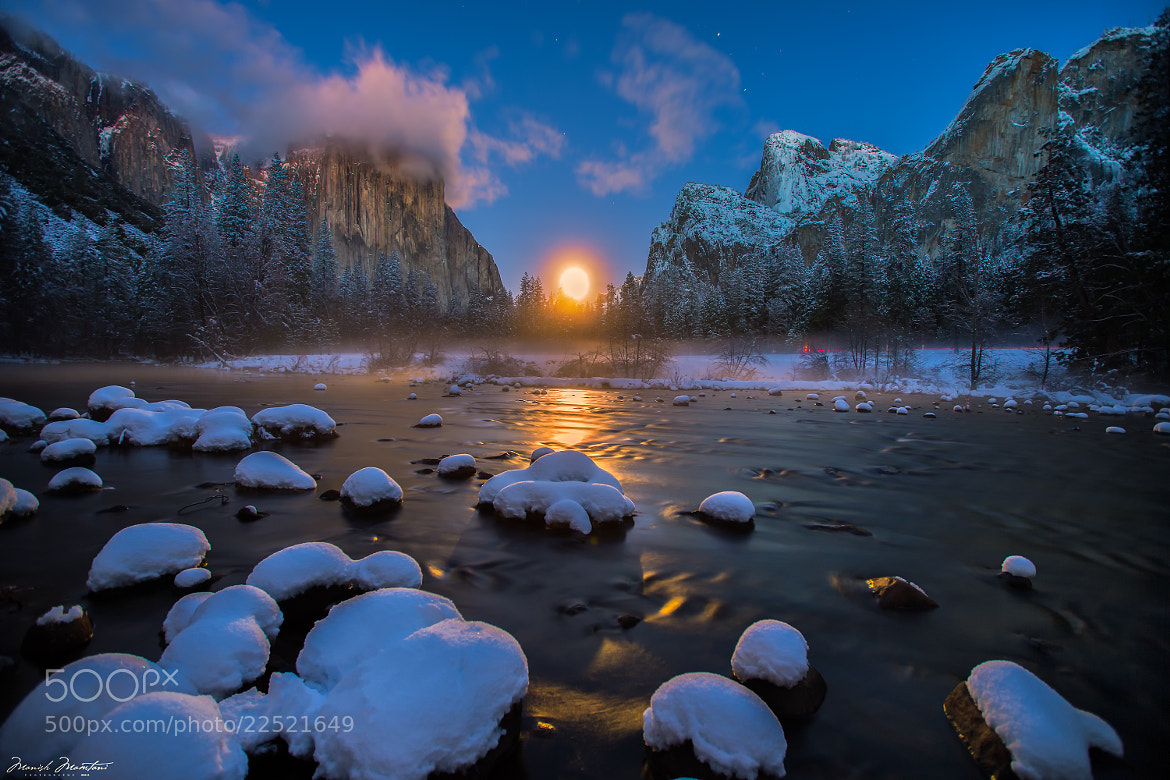 Photograph Moon Rising over Yosemite Valley by Manish Mamtani on 500px