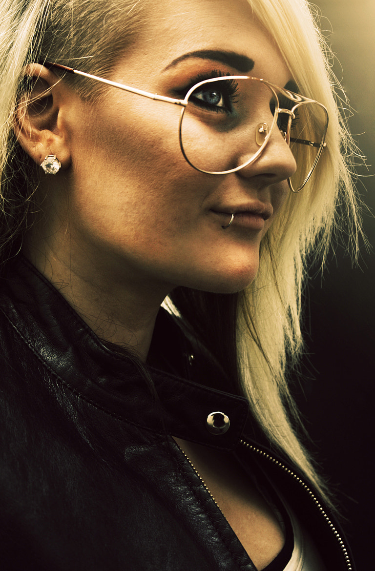 Photograph Makes a woman go hipster by Celina Bergdahl on 500px
