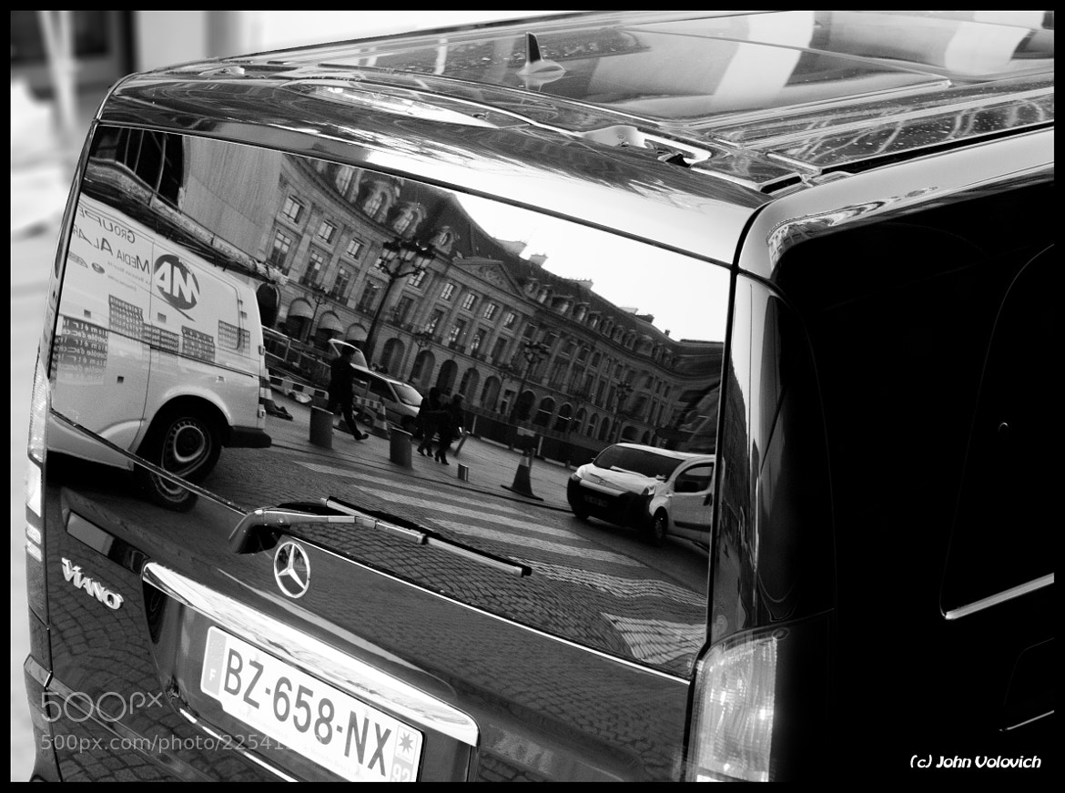 Photograph Car or Mirror (Ritz Paris Hotel) by John Volovich on 500px