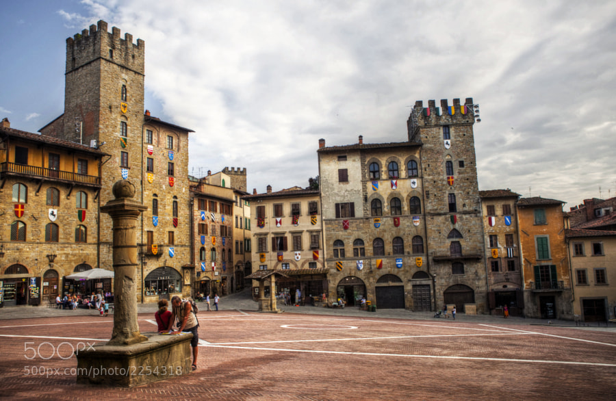 Arezzo is a city and comune in Central Italy, capital of the province of the same name, located in Tuscany.