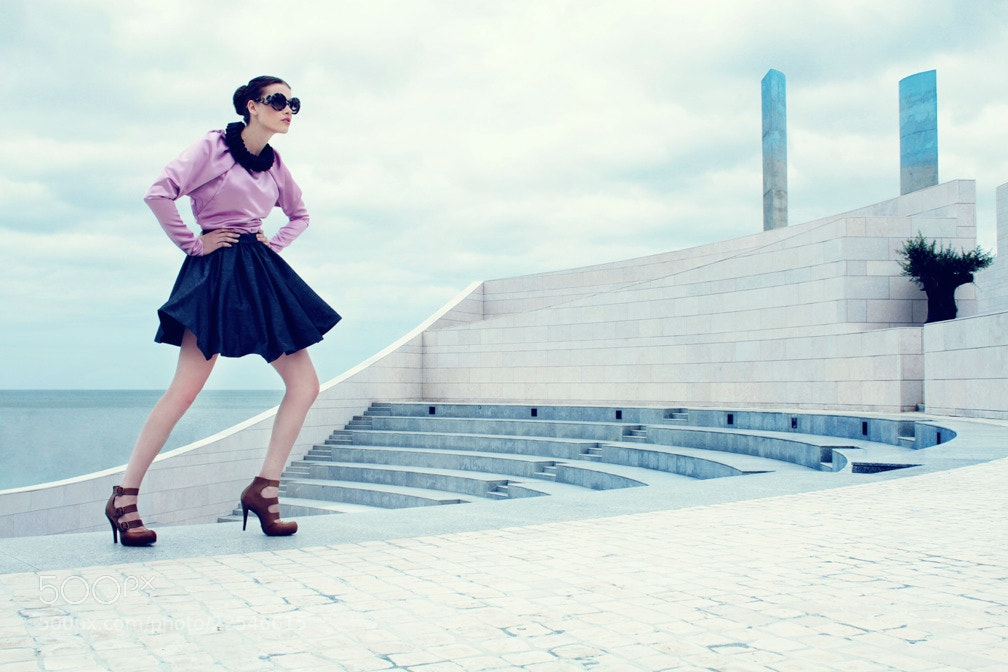 Photograph Fashion VS Architecture by Ismael Prata on 500px