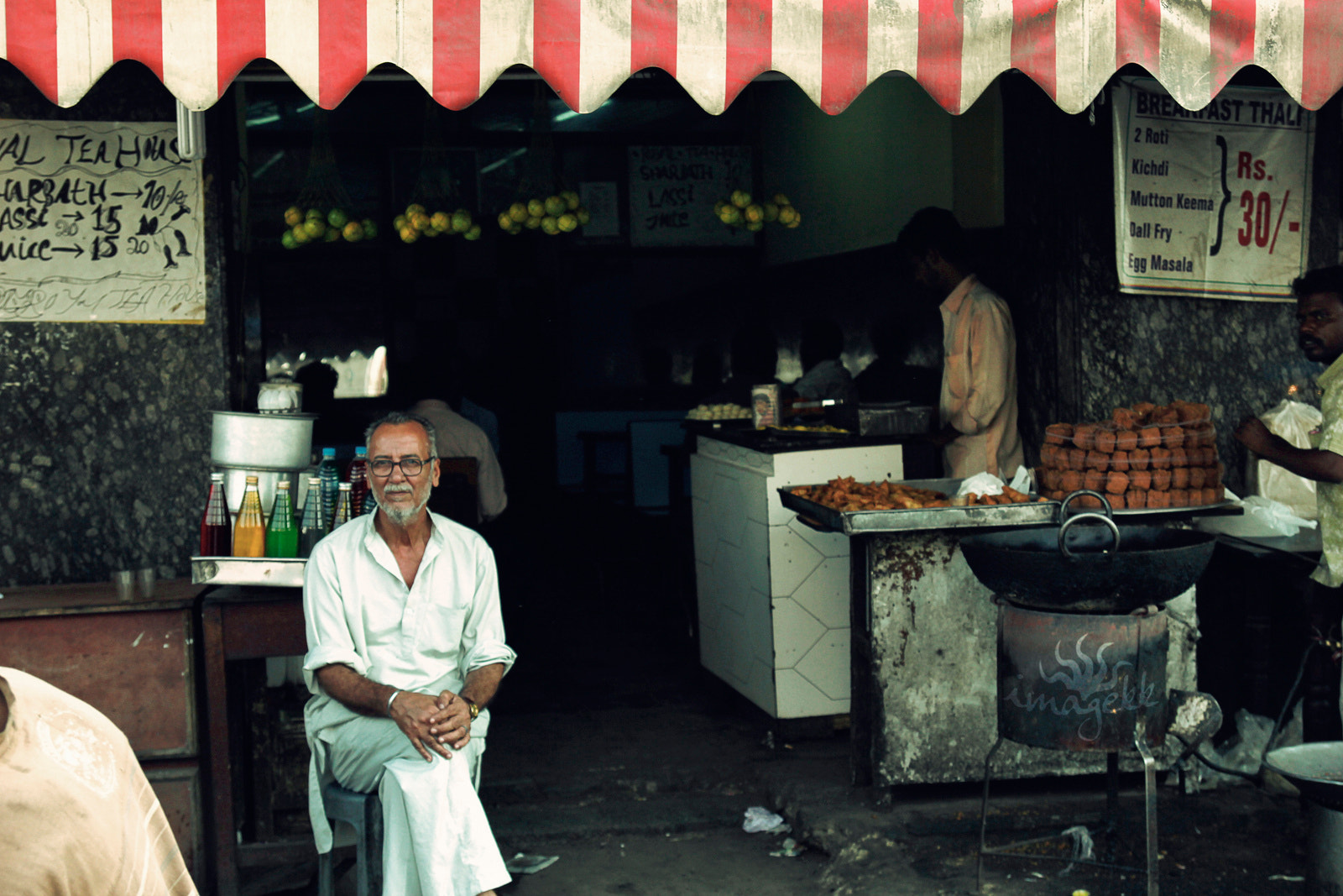 Photograph Tea stall by Komal Kanth on 500px