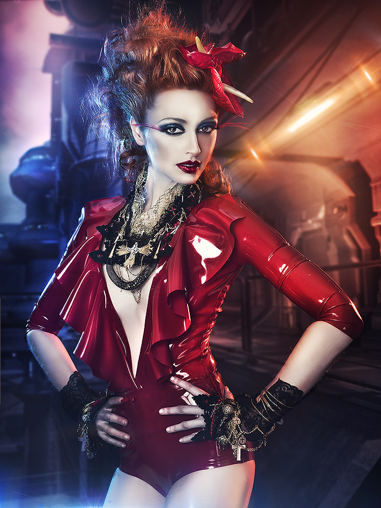 Photograph Dangerous girl by Rebeca  Saray on 500px
