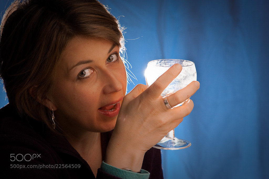 Photograph Sheena with wine glass by Roger Clotworthy on 500px