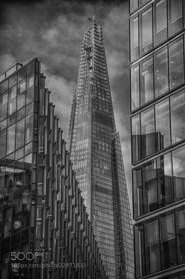 Monochrome, tone-mapped image of the Shard taken from the Thames waterfornt near Tower Bridge