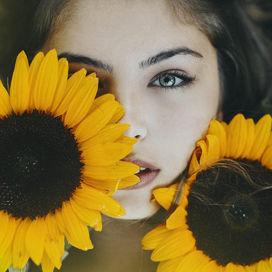 Sunflower girl by Jovana Rikalo on 500px