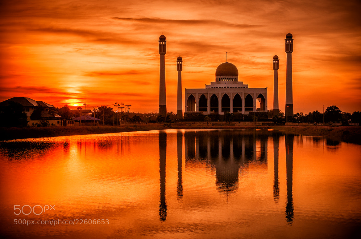 Photograph Songkhla Central Mosque by iloogbas on 500px