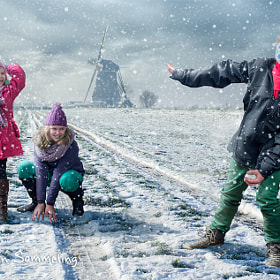 Snowball Fight by Adrian Sommeling (adrian_sommeling)) on 500px.com