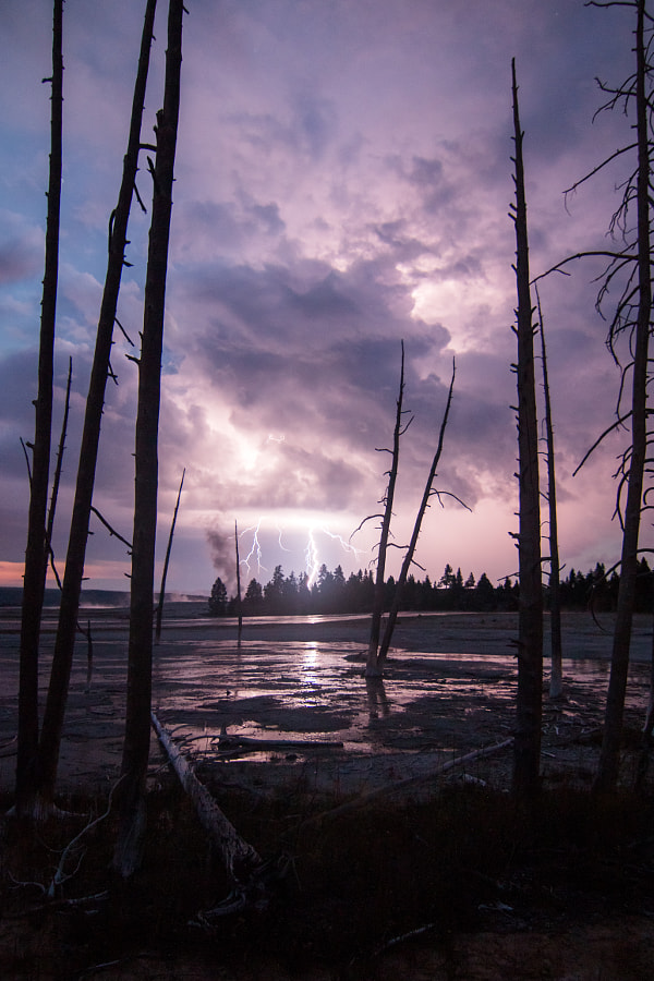 yellowstone lightning