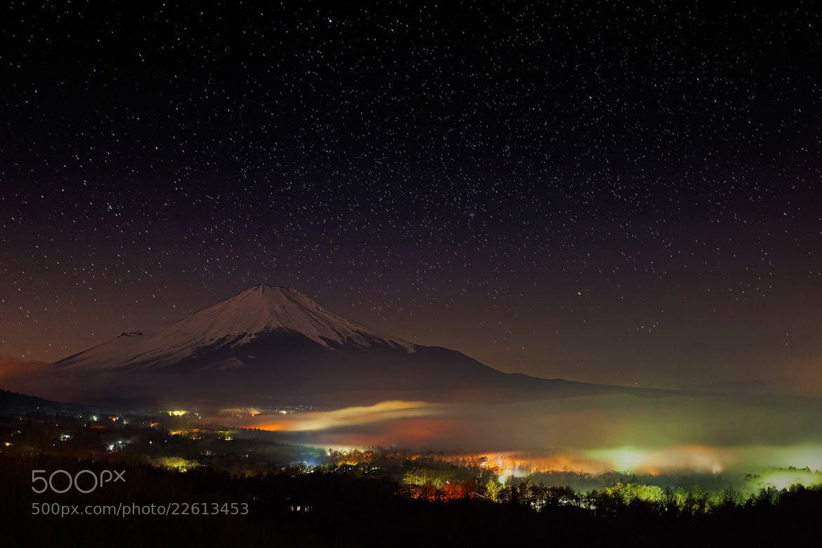 Photograph A Sea of Cloud and Mt.Fuji by MIYAMOTO Y on 500px