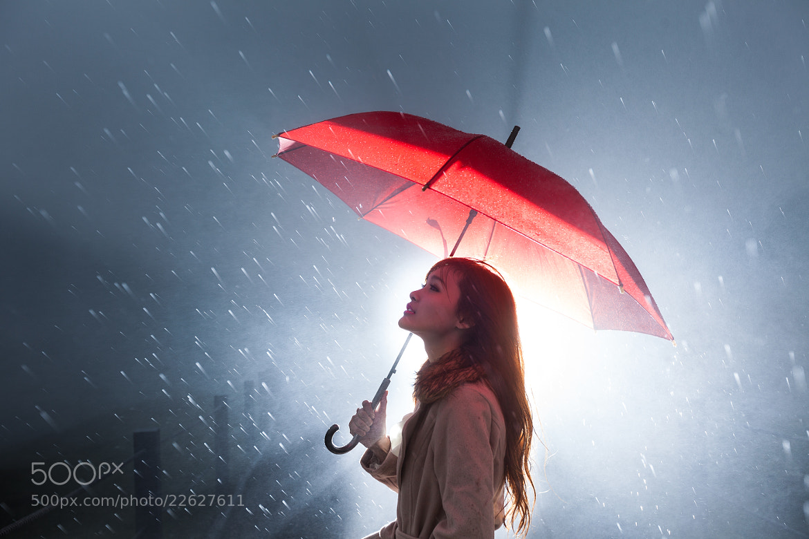 Photograph Waiting in the rain by Nova fly on 500px