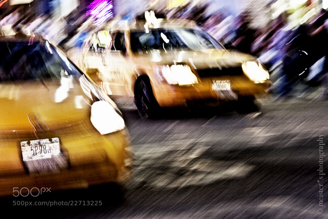 Photograph cabs on time square by Sara Meister on 500px