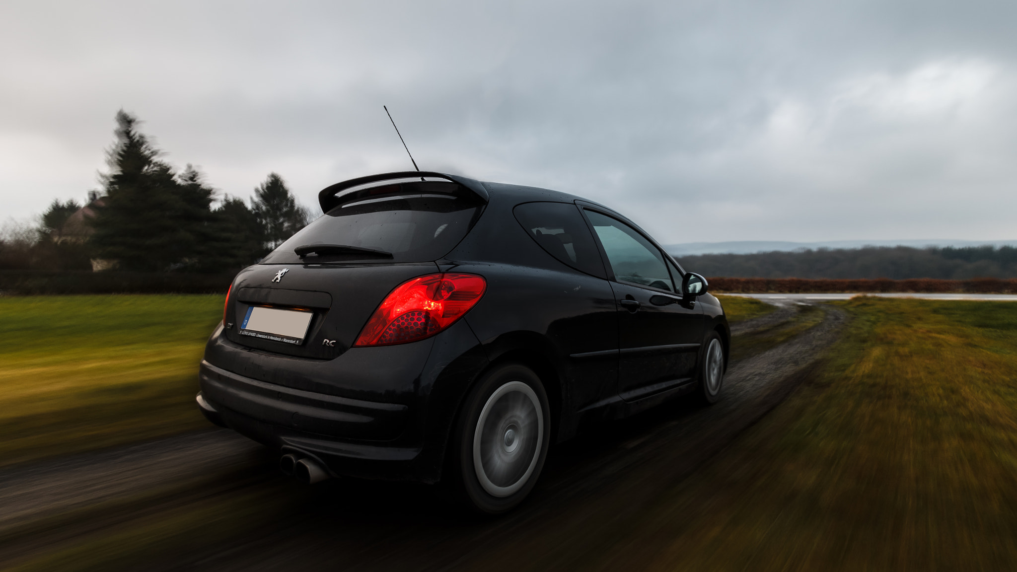 Photograph Peugeot 207 RC - Rig-Shot by Robin Glück on 500px