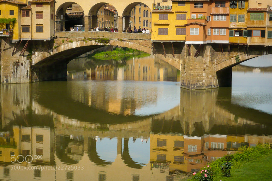 Photograph Ponte Vecchio Bridge by Tom Brichta on 500px