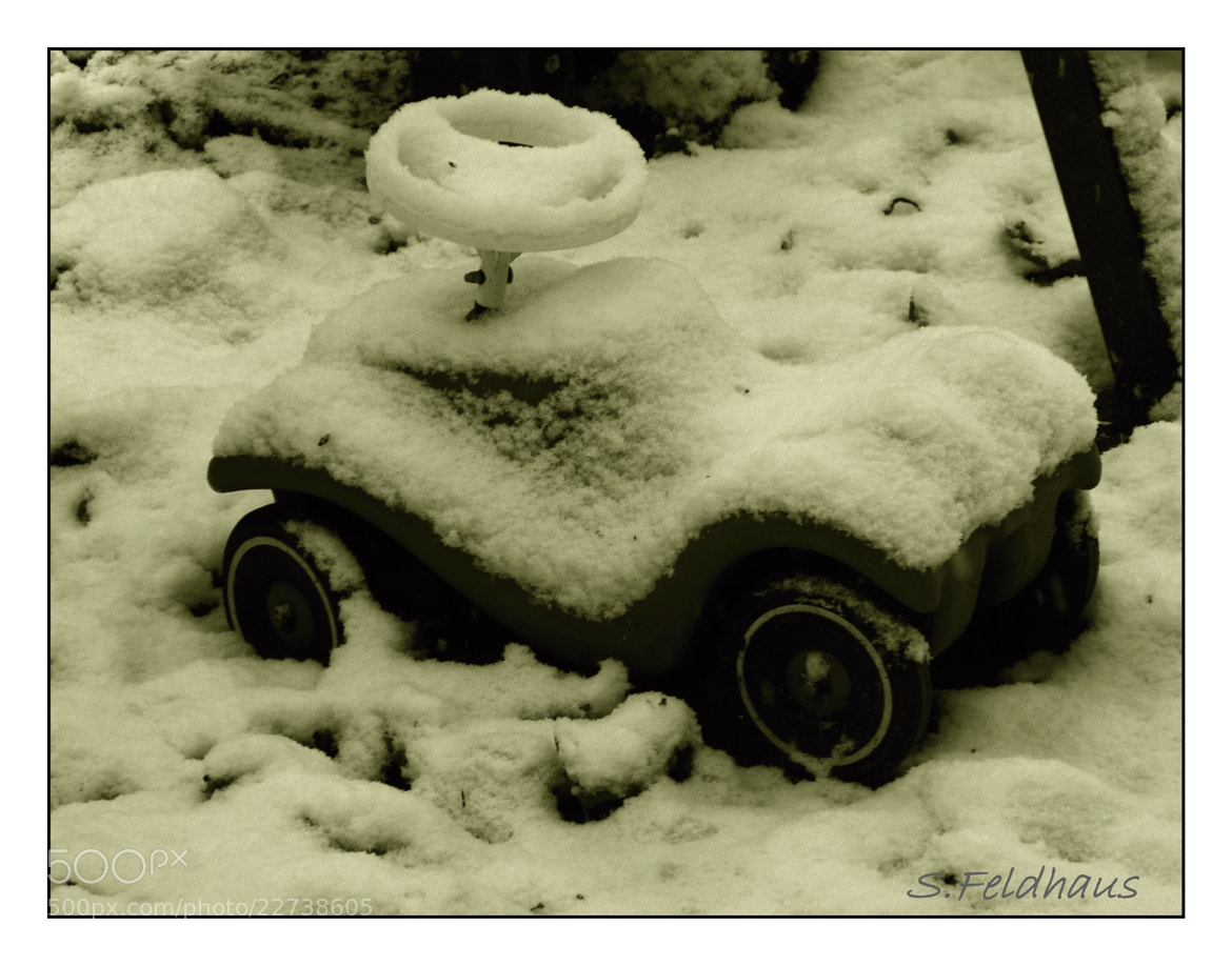 Photograph Snow Car by Stefanie Feldhaus on 500px