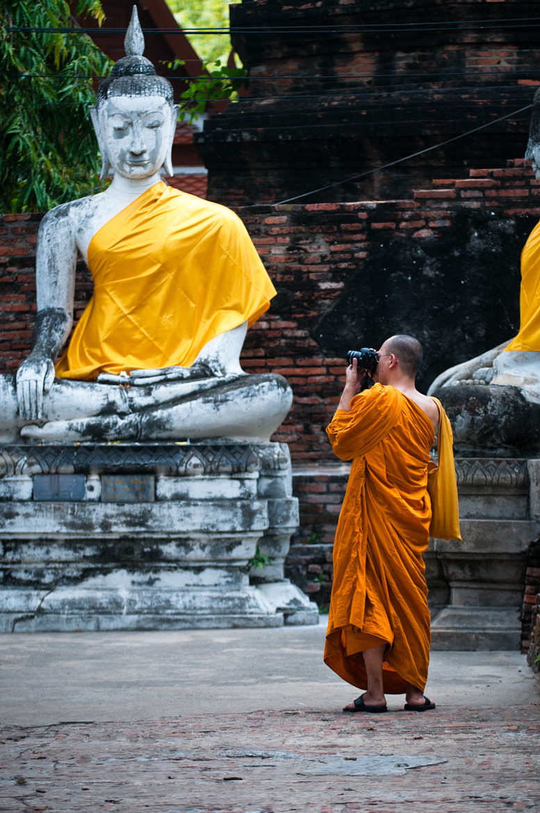 Photograph Taking pictures,Ayutthaya,Thailand by Petr  Sejkora on 500px