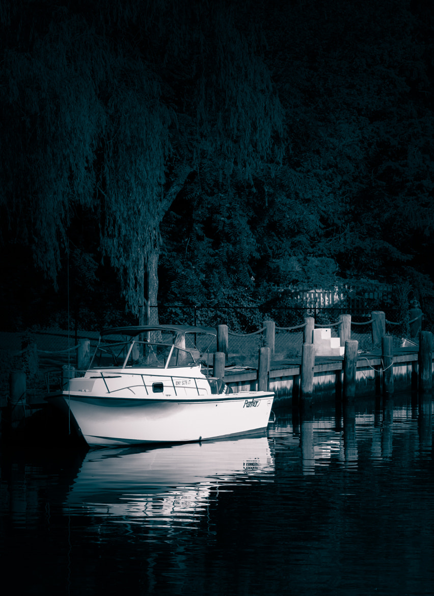Photograph The canal II by ellen miranda on 500px