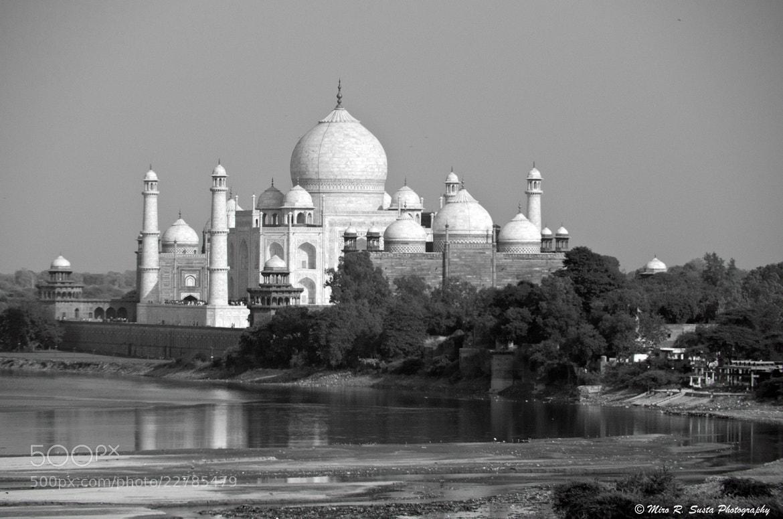 Photograph Taj Mahal by Miro Susta on 500px