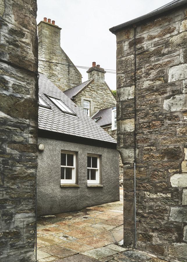 Shetland X, Lerwick