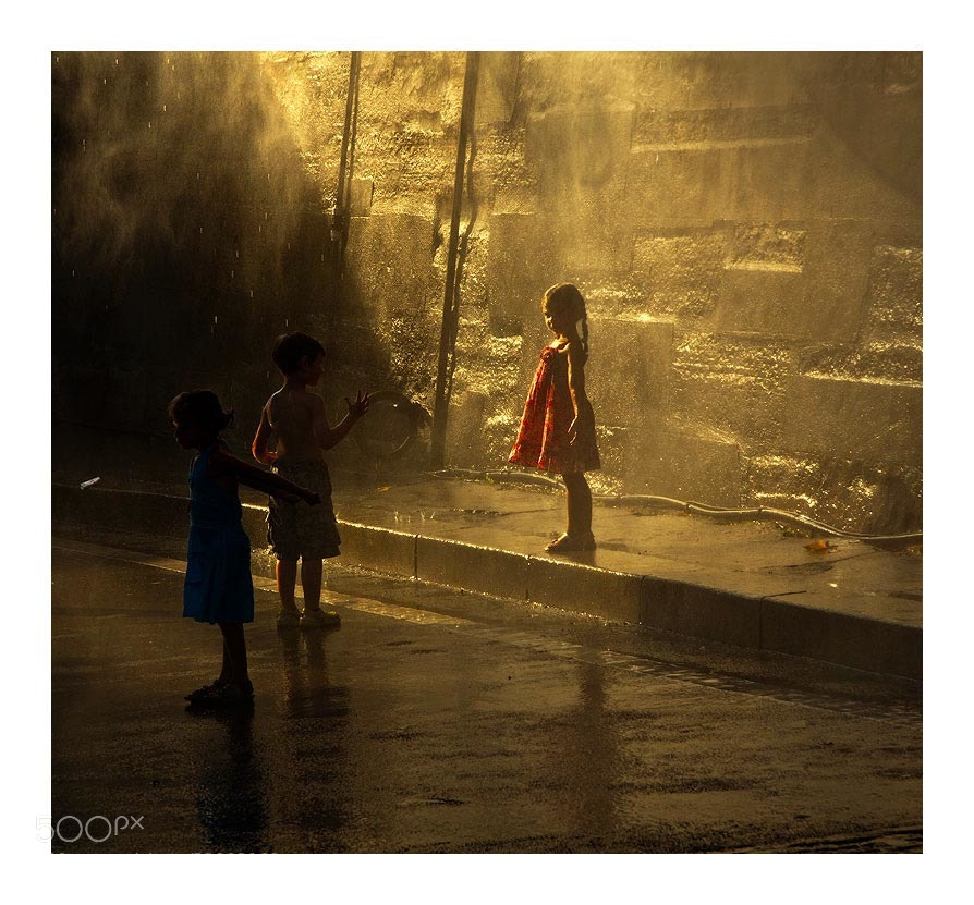 Photograph conversation by Marie Hacene on 500px