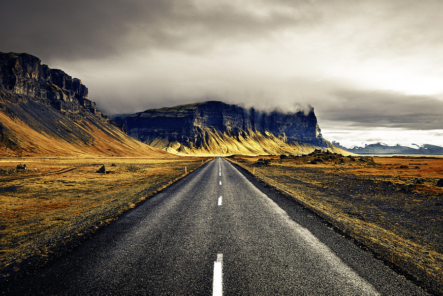 On the road Iceland, автор — Etienne Ruff на 500px.com