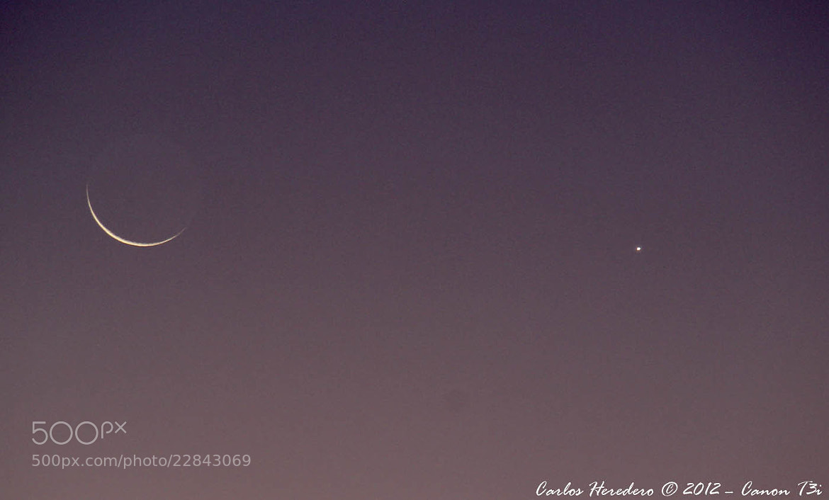 Photograph Banana Moon and Venus in the morning sky by Carlos Heredero on 500px