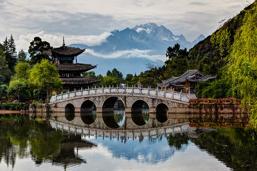 Photograph Jade Dragon Snow Mountain by Song Hongxiao on 500px