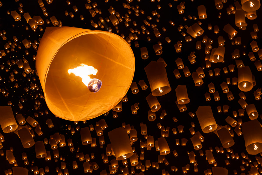 Floating lantern by Patrick ;-) on 500px.com