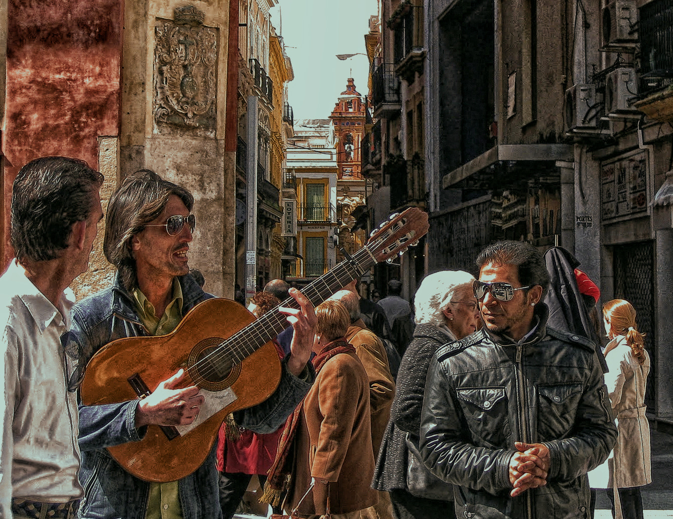 Photograph MUSICOS CALLEJEROS by Lola Camacho on 500px
