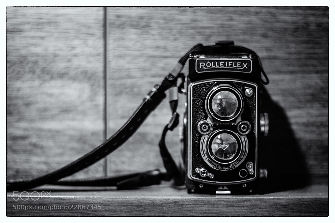 Photograph Twin lens by Thitiyuth Pichayayothin on 500px
