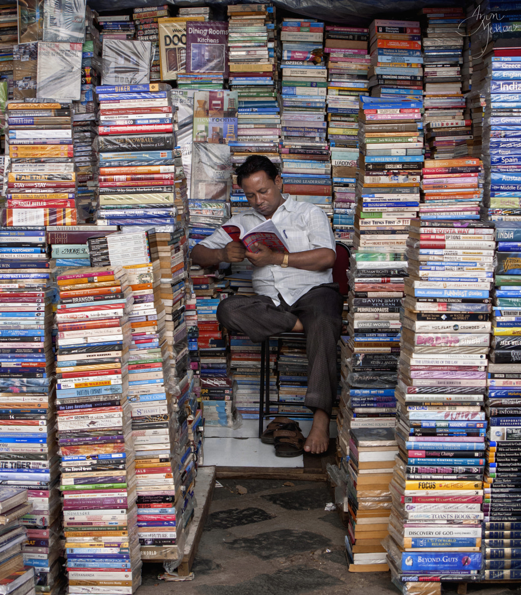 """Photograph Reading : """"The World's Best Book"""" by Arjun  Menon on 500px"""