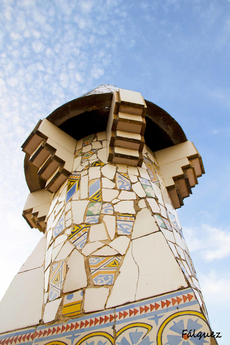 Photograph Chimenea Gaudí by Flavia Falquez on 500px