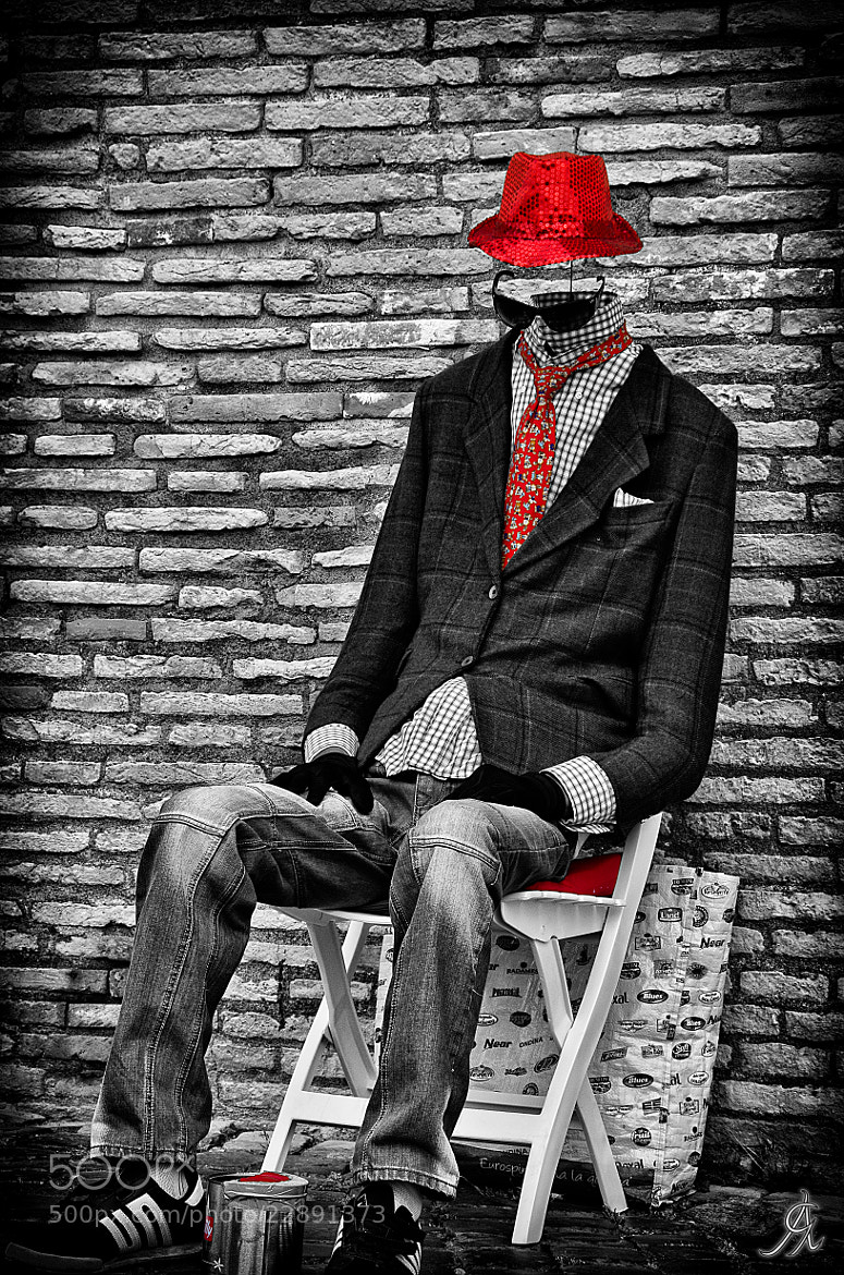 Photograph Invisible man loves red by Alessandro Giorgi Art Photography on 500px