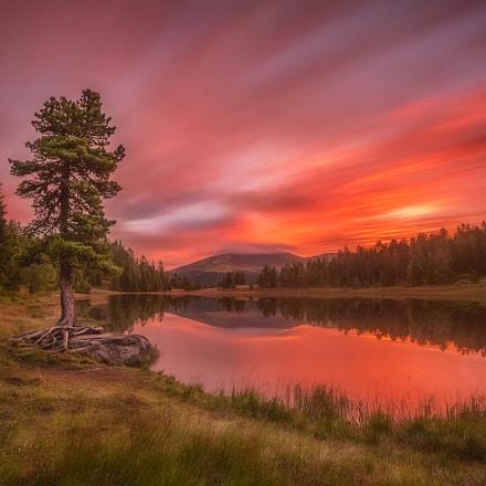 Sunrise- Lake Schwarzsee (Austria)