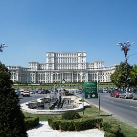 Palatul Parlamentului by Nicolas BOUCHARD (nicobouchard)) on 500px.com