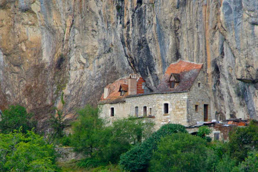 Photograph House in the stone by Gilles Le Drian on 500px