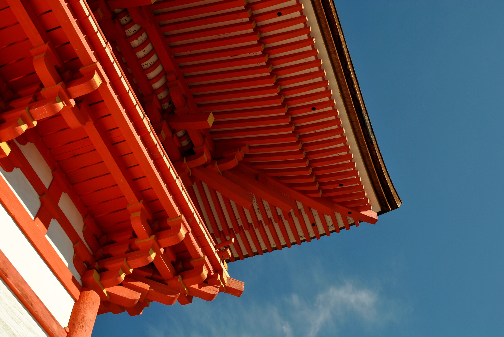 Photograph Red of temple by chu san on 500px