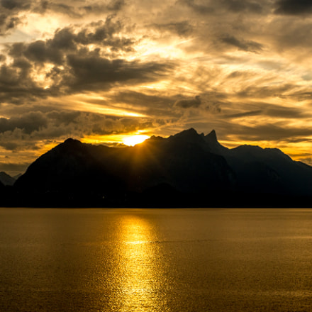 Berner Oberland - Sunset at Thunersee (III)